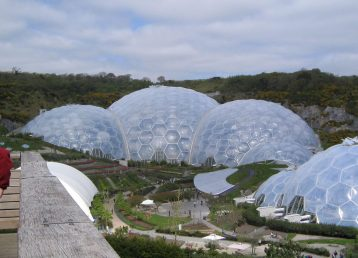 1200px-Eden_project